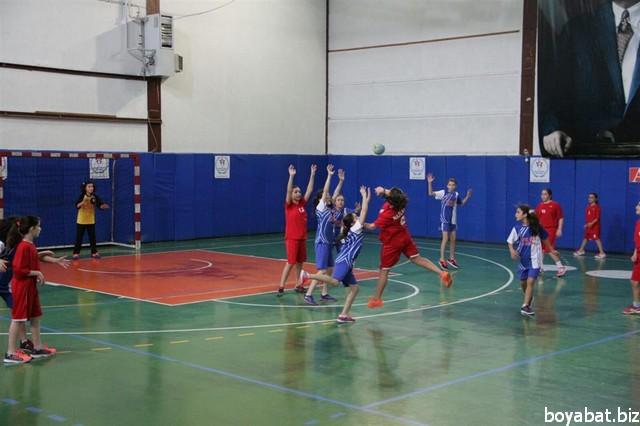 okul sporları hentbol03